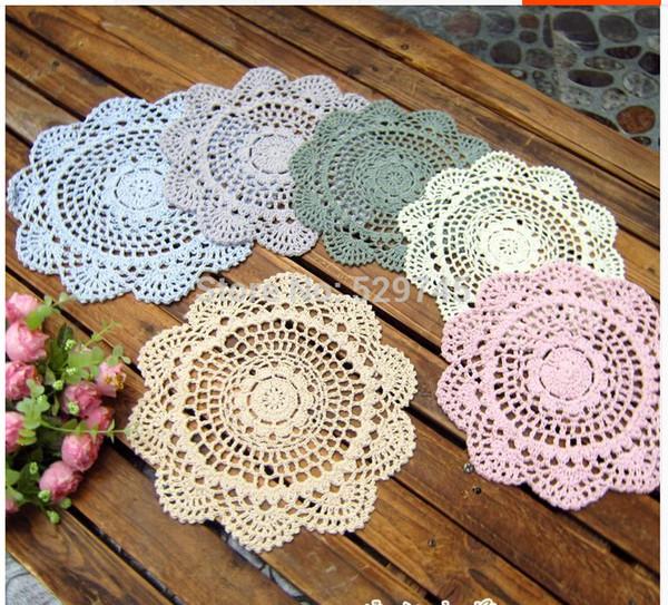 Großhandels- Mischungsverschiedene Farben runde 20CM Häkelarbeit-Blumen-Spitze Tischsets Baumwolloaster Verzierte Vase Matte Möbelabdeckungsstoff 20 PCS