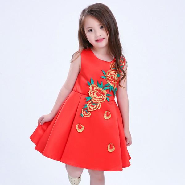 320b76b78a Vestido bordado para niñas bordado una línea de cuello barco sin mangas  estilo chino vestido para