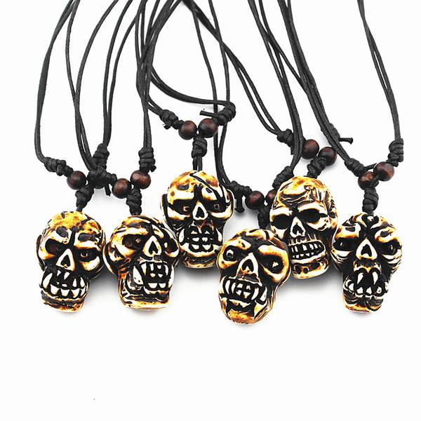 Cool Men Women's 6pcs/LOT Mixed Styles Faux Yak Bone Carved Horror Devil Skull Pendant Necklace Halloween Skull Necklace Amulet Gift MN600