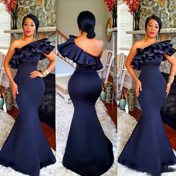 Navy Blue Off The Shoulder Bridesmaid Dresses Ruffles Satin Mermaid Long Bridesmaid Gowns For Wedding African Women Formal Party Dress
