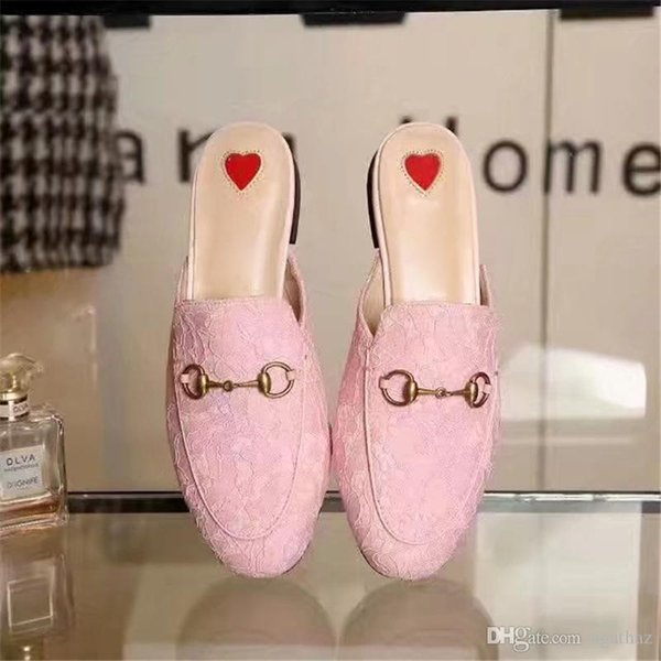 3c1c867e22bf 2017 Summer New Lace Slippers Luxury Brand Women Flat Slippers Closed Toe  Fashion Designer Mules Loafers Pink Green Black Ladies Shoes