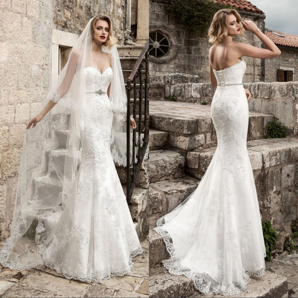 Sexy Lace Mermaid Wedding Dresses 2018 Strapless Applique Beaded Crystal Belt Sexy Plus Size Wedding Bridal Gowns Modest Bride Dress