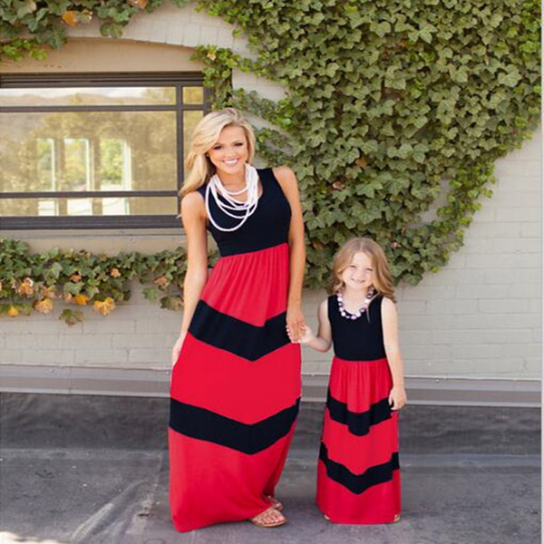 Mother and Daughter Clothes Sleeveless Dresses for Holiday Printed Women Baby Dress Set Mama Baby Outfit