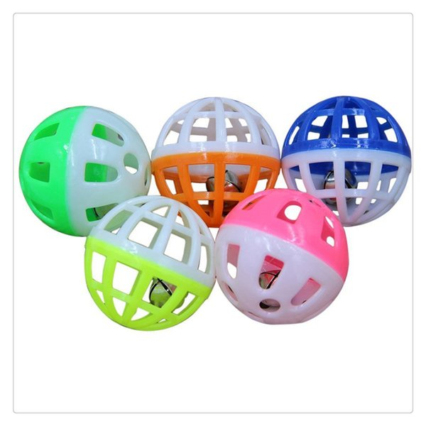 2016 Hot Tinkle Bell Ball Pet Toy Plastic Dog Cat Pet Kitten Playing Balls New Styles Funny Toys Pet Supplies Free Shipping