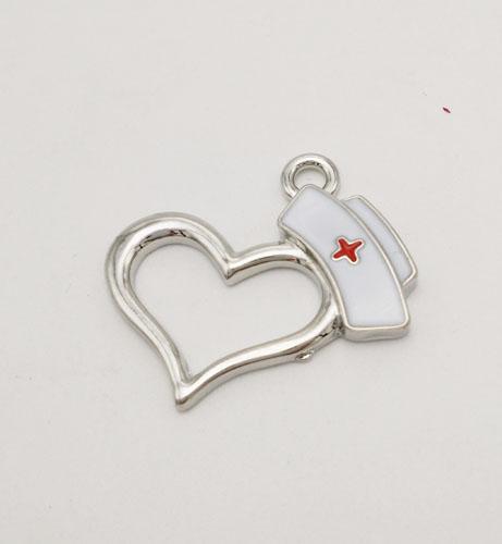 Großhandels-Schmucksachen des neuen Entwurfs des Schmucks 2016 schmückten rhodiniertes weißes und rotes emailliertes Krankenschwesterkappen-Herzcharme für Halskettenarmband keychain