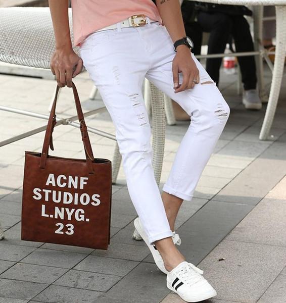 2017 primavera e l'estate nuovi jeans da uomo pantaloni stile coreano bianco / nero foro buco jeans uomo casual jeans strappati per gli uomini vendita calda