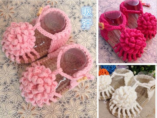Crochet Baby Shoes First Walker Slipper Boots Newborn Flower Prewalker Shoes Baby Girls Boys Slippers Infant Toddler Knitted Sandals Shoes