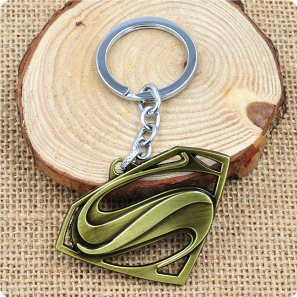 Hot Sale Superman Key Chain Alloy Key Ring New Arrival 4 Colors Superman Logo Fashion Keychain Gift Movie Jewelry