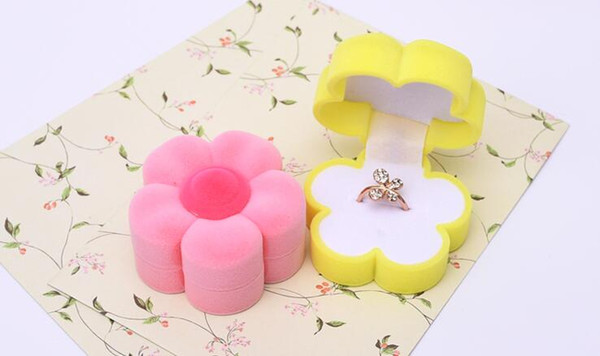 10Pcs/Lot Luck Flowers Velvet Jewelry Ring/ Earring Gift Packaging Display Box For Wedding Jewelry Boxes 2017