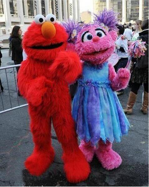 2017 di alta qualità adulti adulti elmo costume della mascotte vendite di alta qualità lunga pelliccia elmo costume della mascotte