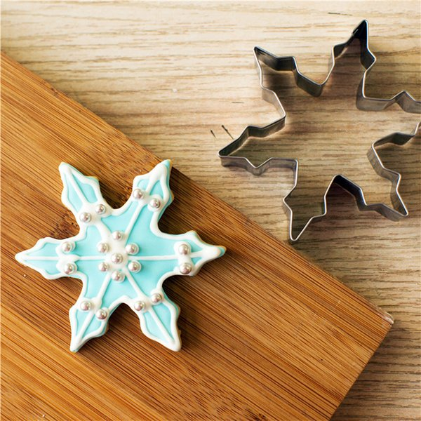 10pcs Christmas snowflake stainless steel cookie cutter cheap Biscuit pastry tool Fruit Sandwich Mould reposteria BG022 8.6*7.6cm