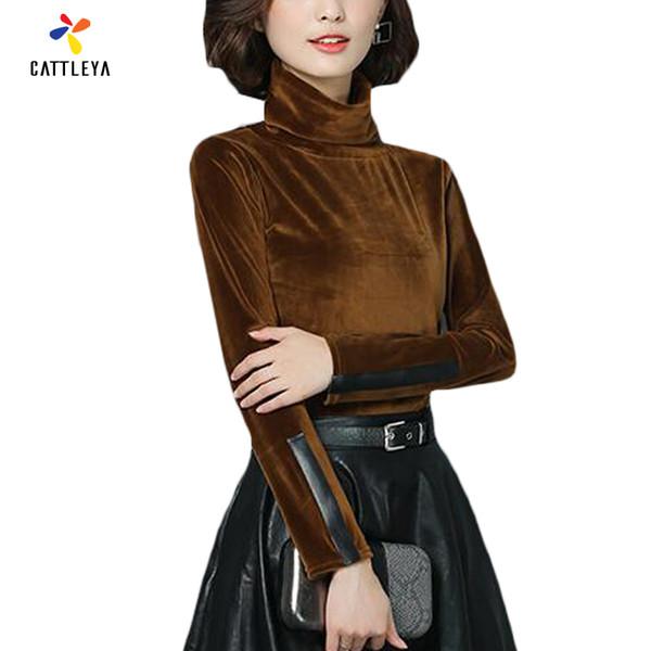 All'ingrosso 2017 nuova maglietta di velluto invernale PU moda femminile T-shirt a maniche lunghe vintage in velluto casual slim dolcevita in velluto rosso top