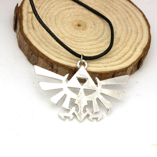 Free Shipping Anime Game The Legend of Zelda Necklace The Zelda Triforce Pendant Metal Alloy Necklace Wholesale Price