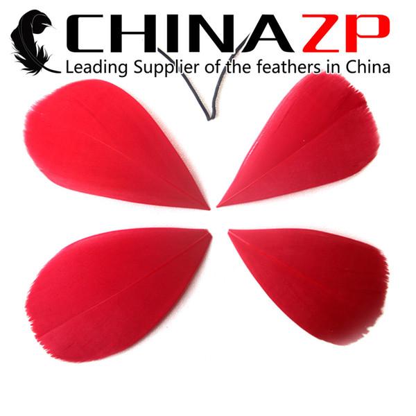Hot Selling CHINAZP 100pcs/lot Size 3~7cm Wholesale Unique Dyed Multicolor Goose Feathers Petal for Decoration