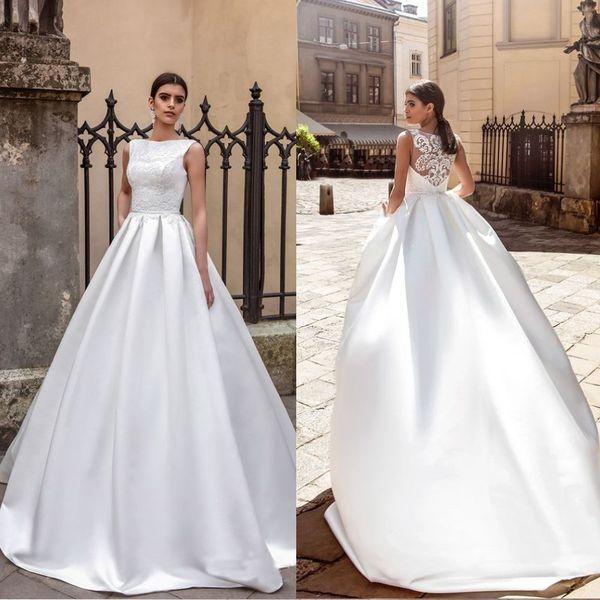 2017 Crystal Collection design abito da sposa collo bateau Appliques pura sexy backpart abito da sposa in raso cappella treno Moda Abiti da sposa