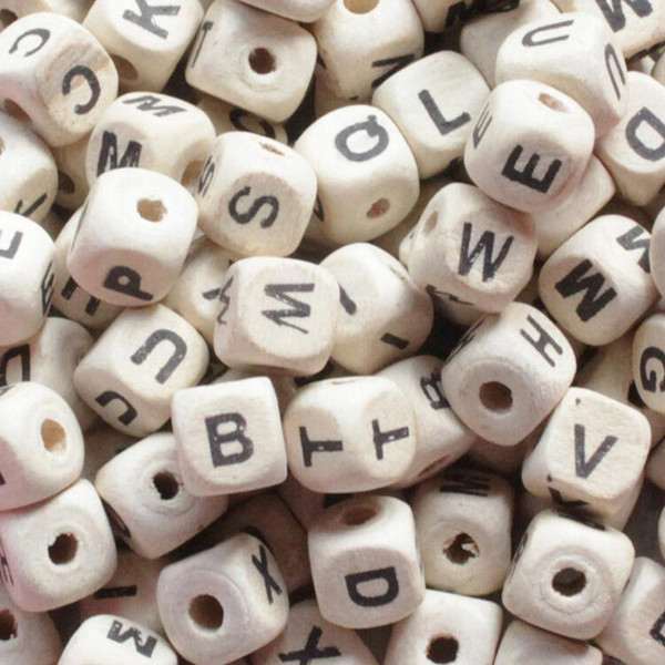 best selling 200pcs lot Mix Letter Wood Beads DIY Alphabet Square Cube Letter Wood Beads Fit DIY Pacifier Clip Natural Wooden Beads