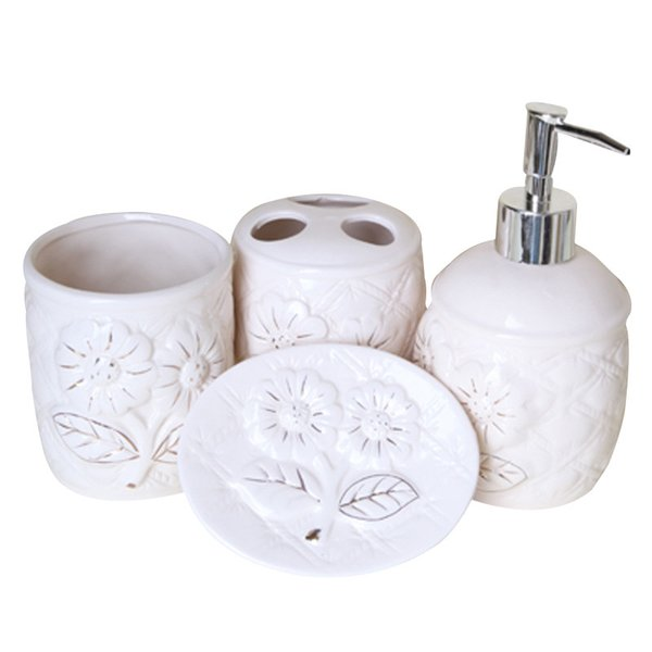 Ceramic Bathroom Accessories 4 Sets European Palace Style Washing Room Sets Toothpaste Toothbrush Holder Soap Emulsion Bottle