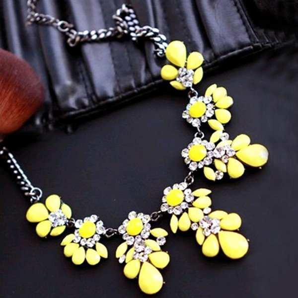 New High quality fashion gift gold necklace chain Shourouk Vintage Rhinestone Bib necklaces women statement jewelry