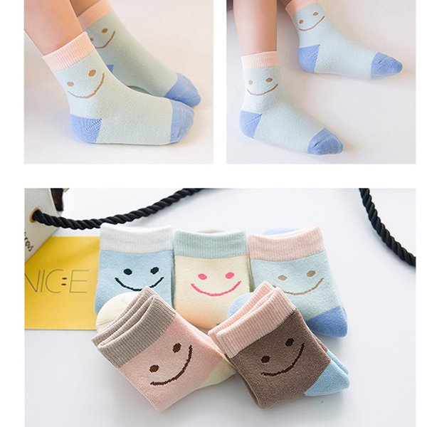 15Pair / lot Neue Winter Verdickung Kniehohe Socken Kinder Kinder Socken Candy farbe Cartoon Schöne Lächeln Druck Baumwolle Wärmer Socken Großhandel