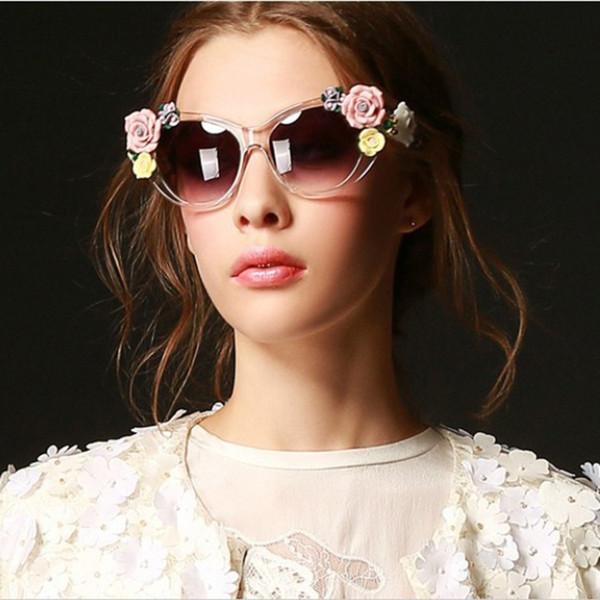 Occhiali da sole retrò barocchi da fiore Occhiali da sole vintage da spiaggia di tendenza Occhiali da sole stereoscopici rosa da sole per donna / donna