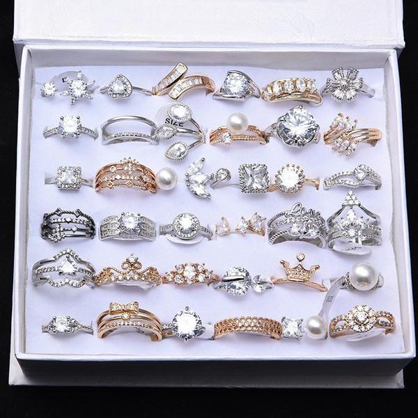 Anillos de estilo mixto para las mujeres de oro plateado mariposa de cristal anillos de perlas joyería de moda anillo de corona de flores cruzadas para la boda al por mayor
