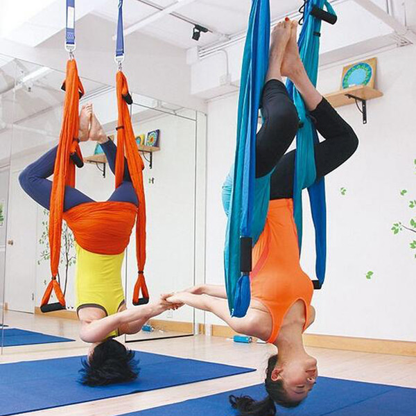 15 color trength decompre ion yoga hammock inver ion trapeze anti gravity aerial traction yoga hamak gym trap yoga wing et