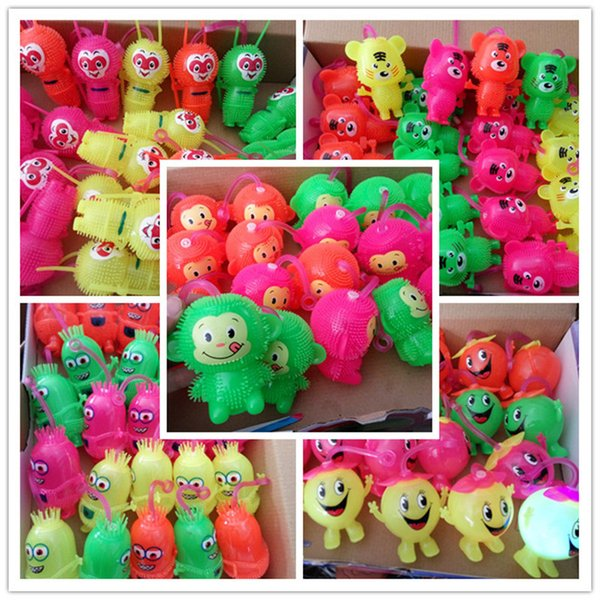 Flash cartoon pat ball BB whistle Maomao square night attractions wholesale toy doll light