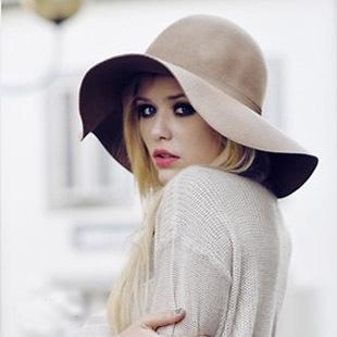 Frauen Faltbare Elegante Hüte 10 Farben 2017 Frauen Woolen Strand Hüte Britischen Stil Sommer Welle Breiter Krempe Vintage Bowknot Damen Sonnenhüte