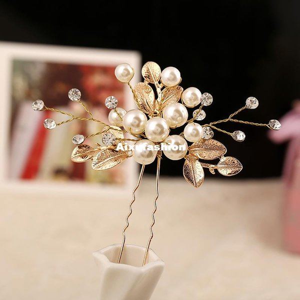 2017 New Golden Hair Sticks Pearl Charm Crystal Women Hair Jewelry Ornaments Festival Gifts Floral Wedding Hair Accessories Bridal Hairpins