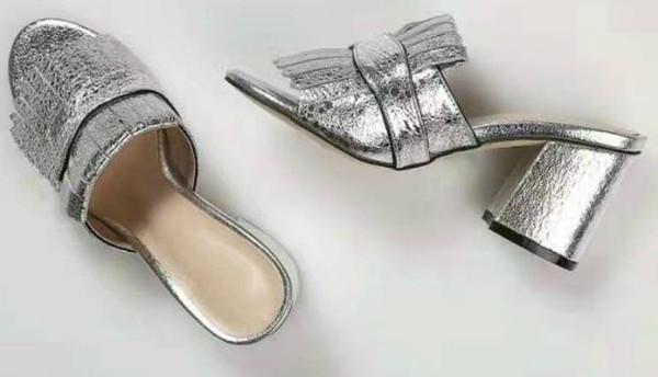 2017 SS nouveau cuir rétro tête carrée sandas métal boucle unique chaussures gland chaussures pour femmes bouche peu profonde chaussures à talons hauts