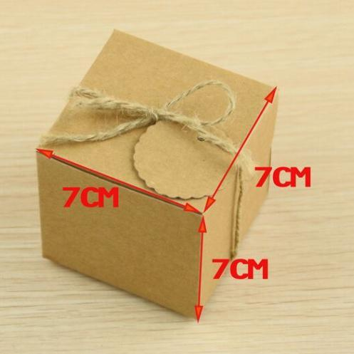 Big Size 50pcs 7*7*7cm Kraft Paper Square Candy Box Rustic Wedding Favors Candy Bag Wedding Party Gift Boxes with thank you tags