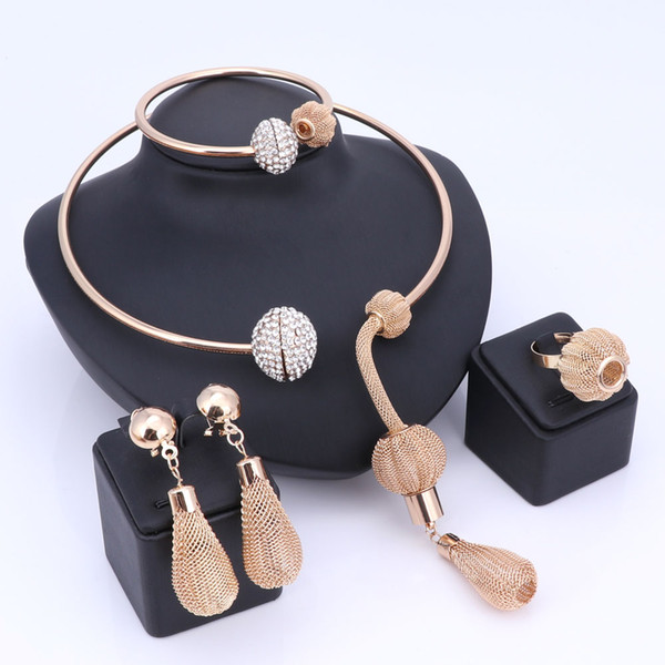 Charm Dubai Gold Plated Crystal Jewelry Sets For Women African Pendant Necklace Earrings Bangle Rings Party Dress Accessories