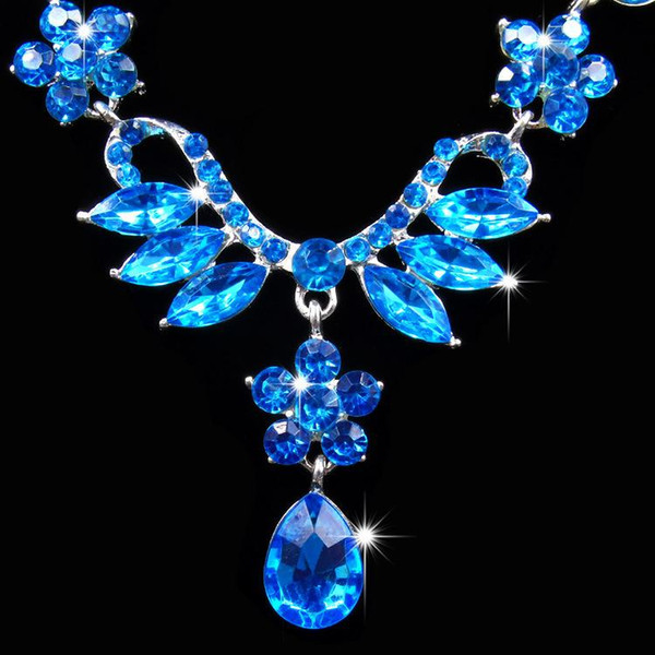 2017 new wedding jewelry sets for brides Crystal Necklace Earrings for women Bridal dress accessories CZ Diamond Waterdrop Necklace Earrings