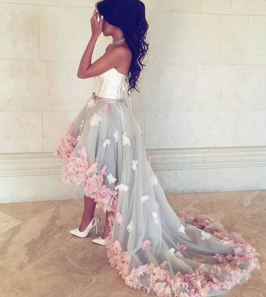 Strapless High-Low Sexy Prom Party Dress With Floral Applique Glamorous Tutu Sweep Train Celebrity Party Gowns Cheap Fashion Evening Dress