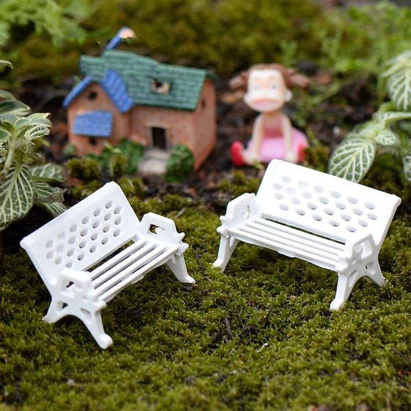 I più venduti Miniature Mobili per casa delle bambole Mini sedia Panca Sgabello Ornamenti Puntelli in legno Decorazione del giardino di casa Giocattoli fai da te AL3282