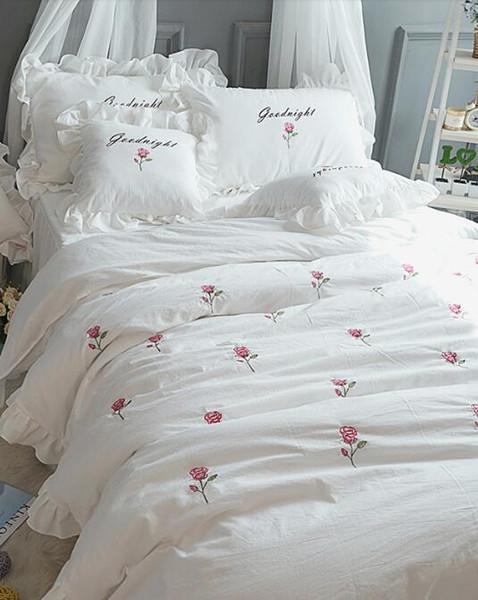 Korean princess white flowers Wash cotton embroidery high value bedspread bedding sets 4pcs, pillowcase, bed skirt Duvet Cover