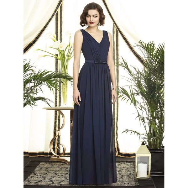 2017 Elegant Long Chiffon Mother Of The Bride Dresses Ruched V Neck Zip Back Floor Length Mother Formal Evening Gowns Party Dress