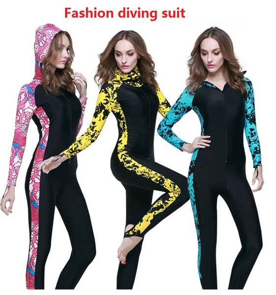 Diving Suit Couples Sunscreen Siamese Diving Suit Long Sleeve Hats Men & Women Snorkeling Suitsman Sunscreen M0560