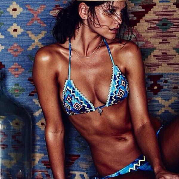 B022 colorido viento nacional bikini sexy verano traje de baño azul caliente push up traje de baño traje de baño de playa