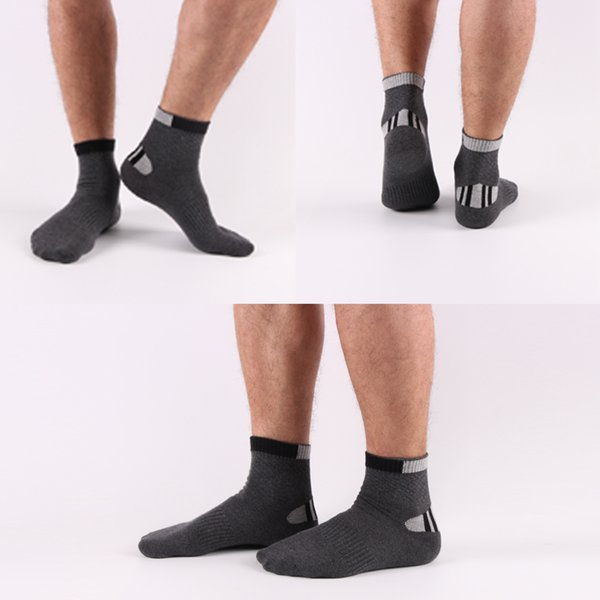 2018 Hot Sale cotton Fashion New Solid Men's Socks Good Quality Casual Summer Breathable Short Sock For Men 50Pairs/Lot Free DHL