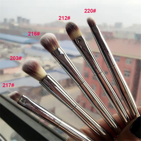 IT live beauty totalmente Pincel corrector de contorno de cejas Brush it cosmetics 217 # 203 # 216 # 212 # 220 # TODO SOBRE EL CEPILLO