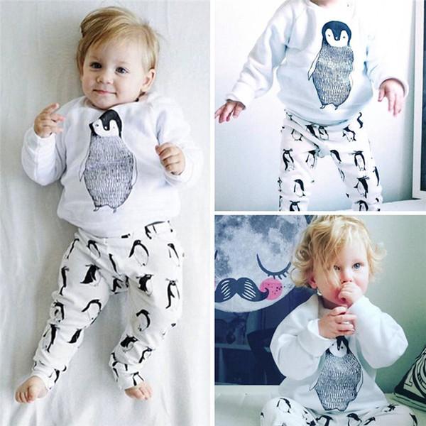 Großhandels-Neugeborene Baumwollnetter Karikatur-Jungen-Mädchen-Baby-Kleidung stellte Pinguin gedruckte T-Shirts Tops + Pants die Kinder ein, die lange Hülse JY-213 kleiden