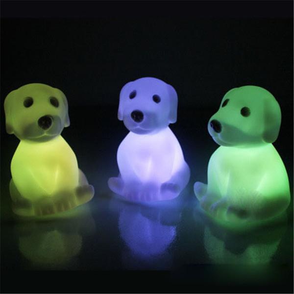 Novità Animale Rana Cane Tartaruga Sette Colori Modificabili Led Lampeggiante Night Lights Lampada Giocattoli per Capodanno / Natale / regalo di compleanno OTH589