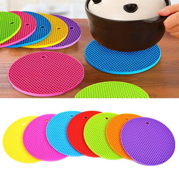 New Arrival 18cm Round Silicone Non-slip Heat Resistant Mat Coaster Cushion Placemat Pot Holder (Mix Color)