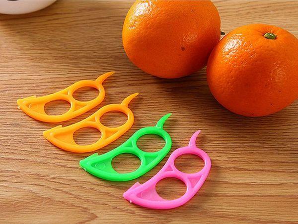 top popular 100pcs lot Free shipping Mouse shape Open Orange Peel Orange Device Kitchen Gadgets Cooking Tools Peeler Parer Finger Type 2019