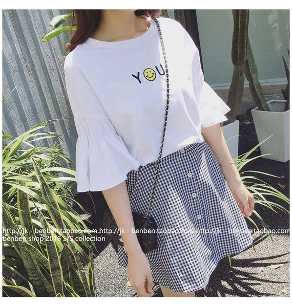Летняя новая мода корейской версии рыхлый тонкий динамик рукав шею футболка + клетчатая юбка два комплекта прилива