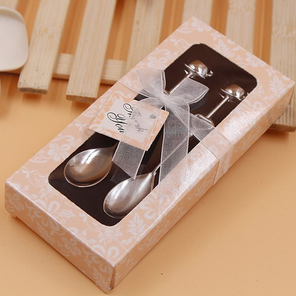 Delicate couple coffee spoon tableware Creative mini coffee spoon Exquisite gift box hollow heart-shaped dessert spoon Wedding Supplies