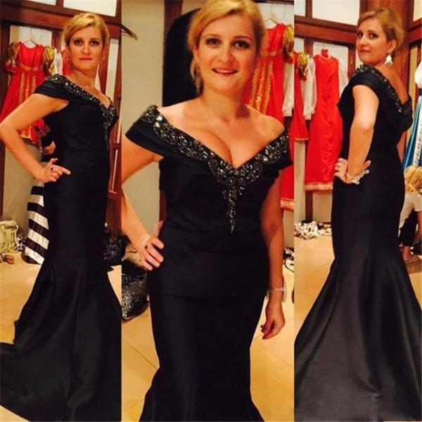Black Off The Shoulder Evening Dress Long 2017 Mermaid Mother Of The Bride Dresses Beaded Satin Party Gowns Sweep Train