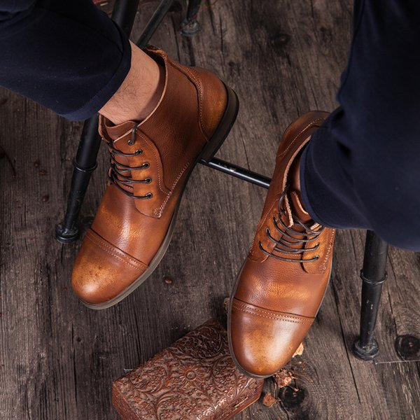 2017 Fashion Retro Mens Boots Round Head Martin Boots Leather Lace-up Casual Shoes Cool Guy