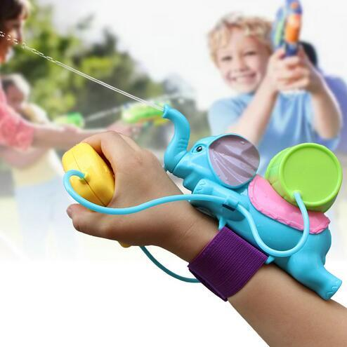 3pcs/lot Blasts Up To 8 Meters Children Water Gun Play Fun Game Kid Bauble Animal Blue Elephant Toy Wrist Water Blaste Fight with Friend